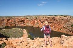 Cala Exmouth Australia del Yardie de la mujer interior imagenes de archivo