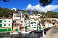 Cala Figuera ψαροχώρι λιμένας, βάρκες και Μεσόγειος, Majorca Στοκ Εικόνα