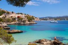 Cala Fornells widok w Paguera, Majorca obrazy royalty free