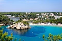 Cala Galdana strand, ö av Menorca, Spanien Fotografering för Bildbyråer
