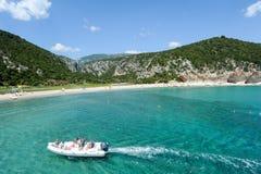 Cala Luna strand i den Orosei fjärden på Sardinia, Italien Arkivbild