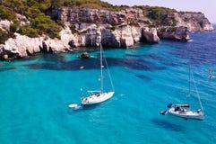 Cala Macarella strand in Menorca, Spanje royalty-vrije stock afbeeldingen