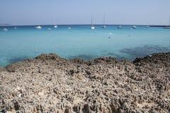 Cala Rossa在法维尼亚纳海岛,西西里岛 免版税库存照片