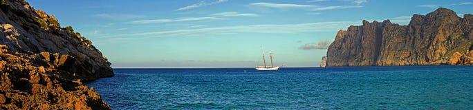 Cala San Vicente Panorama immagini stock libere da diritti