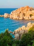 Cala Spinosa a Santa Teresa di Gallura in Sardegna immagini stock libere da diritti