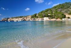 Пляж Cala Vadella в Ibiza, Испании Стоковые Фотографии RF