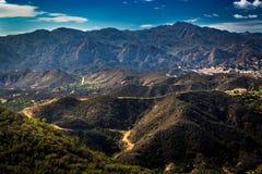 Calabasas και βουνά της Σάντα Μόνικα στοκ εικόνες