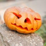 Calabaza de Halloween al aire libre Foto de archivo