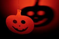 Calabaza de Halloween con la sombra terrible Imágenes de archivo libres de regalías