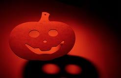 Calabaza de Halloween con la sombra terrible Fotos de archivo libres de regalías