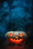 Calabaza de Halloween que fuma Fotografía de archivo