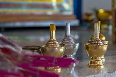 Calabazas de la plata y del oro del agua santa Fotos de archivo libres de regalías