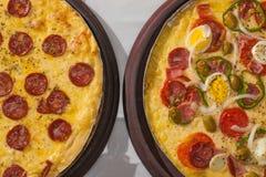 Calabresa i Portugalska pizza Fotografia Stock