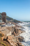 Calafuria, Livorno - Italia Torre antica durante la tempesta in Tusc Fotografie Stock