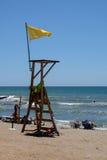 CALAHONDA, ANDALUCIA/SPAIN - 2 LUGLIO: Bagnino in servizio a Calah fotografie stock libere da diritti