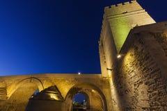 Calahorra πύργος και ρωμαϊκή γέφυρα στην Κόρδοβα Στοκ εικόνα με δικαίωμα ελεύθερης χρήσης