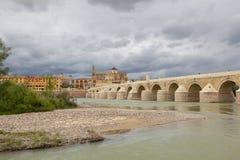 Calahorra Toren en de Roman brug Cordova spanje Royalty-vrije Stock Foto's