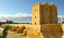 The Calahorra tower and Roman bridge, Guadalquivir River, Cordoba, Spain Stock Photos