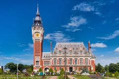Calais φλαμανδικά και νεω-αναγέννηση Δημαρχείο Γαλλία στοκ εικόνες