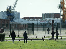 Calais-Flüchtlinge stockbild