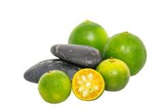 Calamansi, cal e Zen Stones II Imagens de Stock