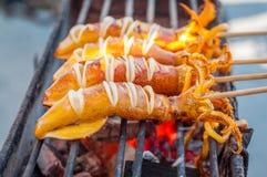 Calamar do BBQ em uma vara Fotos de Stock Royalty Free