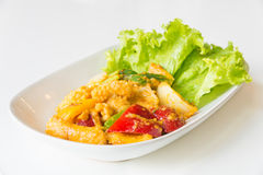 Calamar frito Stir con la yema de huevo salada Foto de archivo libre de regalías