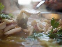 Calamar tailandês de Tom Yum imagens de stock royalty free