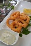 Calamari cuit à la friteuse Images stock