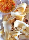 Calamaro arrostito con la salsa di frutti di mare Fotografia Stock