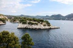 Calanque de在马赛附近的Port Pin 免版税图库摄影