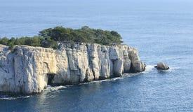 Calanque méridional de côte de la France Photo stock