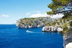 Calanques do Pin do porto no cássis, Provence, França Imagem de Stock Royalty Free