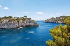 Calanques do Pin do porto no cássis, Provence, França Fotos de Stock