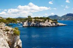 Calanques do Pin do porto no cássis, Provence, França Foto de Stock Royalty Free
