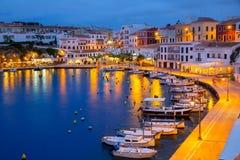 Calasfonts Cales Fonts Port solnedgång i Mahon på Balearics Fotografering för Bildbyråer