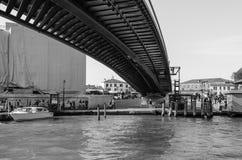 Calatrava桥梁在威尼斯 免版税库存照片