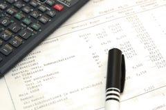 calc długopisy sprawozdanie papieru obrazy stock