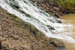 Calcestruzzo della cascata Fotografia Stock