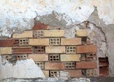 Calcestruzzo e muro di mattoni distrutti Immagini Stock Libere da Diritti