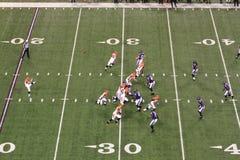 Calciare dell'utente di gioco del calcio del NFL Fotografia Stock Libera da Diritti