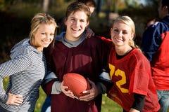 Calcio: Amici pronti a giocare gioco fotografia stock libera da diritti