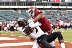 2014 calcio del NCAA - Tempio-Cincinnati Fotografie Stock