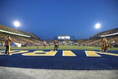 2014 calcio del NCAA - WVU-Oklahoma Fotografie Stock Libere da Diritti
