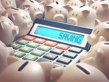 Calcolatore di risparmio del porcellino salvadanaio Fotografie Stock Libere da Diritti