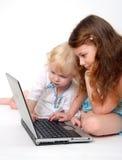 Calcolatore e bambino Immagine Stock Libera da Diritti