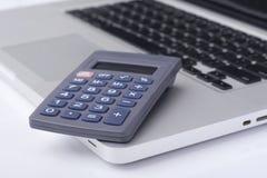 Calcolatore sul computer portatile Fotografia Stock Libera da Diritti