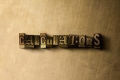 CALCOLATORI - primo piano della parola composta annata grungy sul contesto del metallo illustrazione di stock