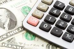 Calcoli dei soldi Fotografie Stock