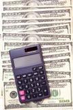 Calcoli dei soldi dei contanti Immagine Stock